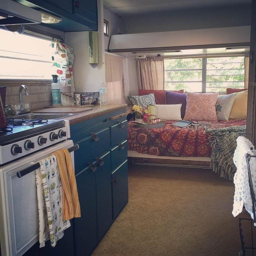 30 Cozy Rv Bed Remodel Ideas On A Budget Lovahomy